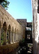 Trinacria gotica