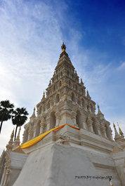 Wat Chedi Liam or Wat Ku Kham Chiang Mai