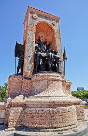 Denkmal der Republik - Taksim-Platz