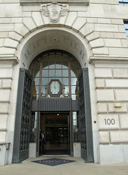 Fancy entrance. Unilever House, completed in 1931.