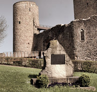 Devant le Château