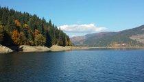 Lake Izvorul Muntelui