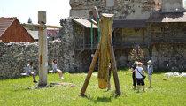 Lázár Castle