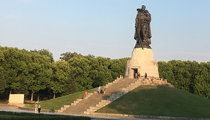 Sowjetisches Ehrenmal (Treptower Park)
