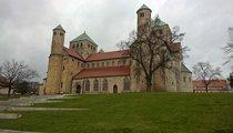 Katedrála Nanebevzetí Panny Marie (Hildesheim)