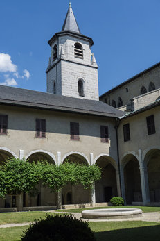Cloître de l'ancien couvent des franciscains,Chambéry (Savoie, France)