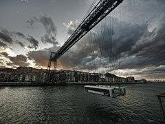 Fe en la ingeniería. Puente colgante de Bilbao.