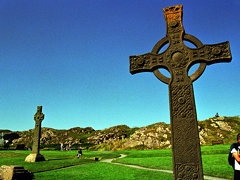 Celtic cross on Iona www.whisper2.com