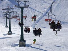 Dört mevsimin bir arada yaşandığı,Dünya'nın önemli turizm merkezi #Antalya Saklıkent kayak tesi
