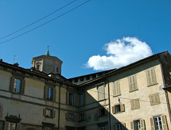 Via Colleoni