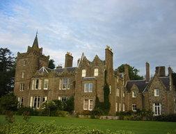 Finavon Castle
