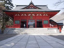 Akagi Shrine (赤城神社)