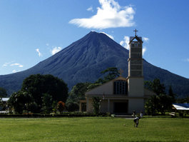 Arenal (volcan)
