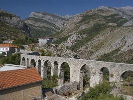Bar Aqueduct