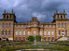 Palača Blenheim