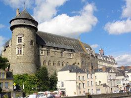 Burg Laval