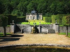 Castle of Freÿr
