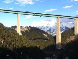 Most Evropy