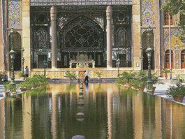 Golestanska palača
