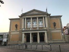 Halle Opera House