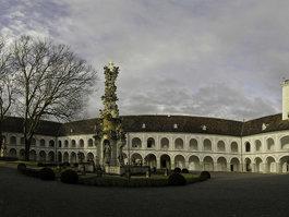 Biara Heiligenkreuz
