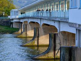 Kolonádový most (Piešťany)