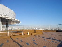 Observation Deck (展望デッキ)