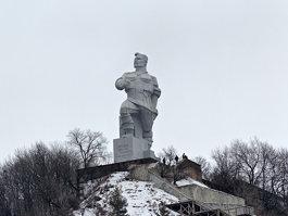 Памятник Артёму (Святогорск)