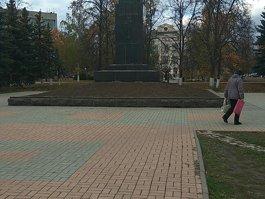 Памятник Ф. Э. Дзержинскому (Дзержинск, Нижегородская область)