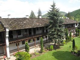 Peshtera Monastery