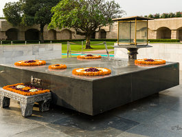 Raj Ghat and associated memorials