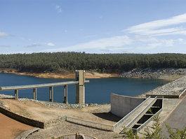 Serpentine Dam (Western Australia)