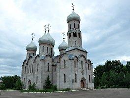 Свято-Троицкий собор (Шарыпово)