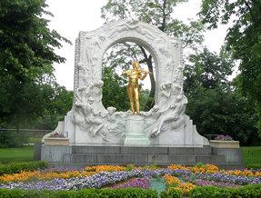 A very golden Johann Strauss @Stadtpark