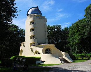 Potsdam Einsteinturm auf dem Telegrafenberg