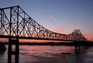 0806C13 Martin Luther King Bridge at Dawn