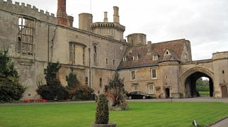 Thornbury Castle>