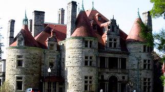 Searles Castle (Massachusetts)>