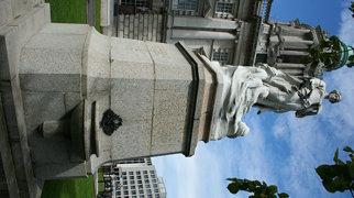 Titanic Memorial (Belfast)>