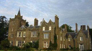 Finavon Castle>