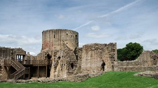 Замок Барнард>