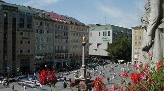 Marienplatz>