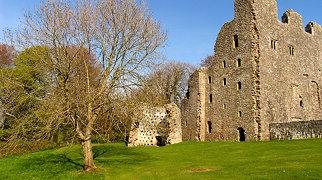 Oxwich Castle>