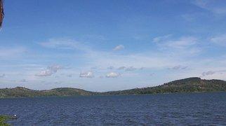 Lake Victoria>