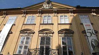 Mirbach Palace>