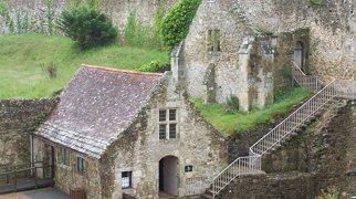 Carisbrooke Castle>