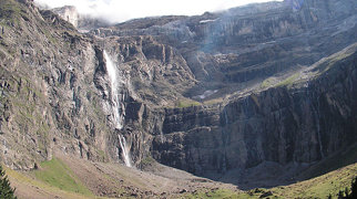 Gavarnie Falls>