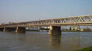 Alte Brücke (Bratislava)>