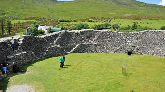Staigue stone fort>