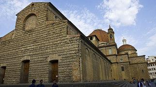 Baziliko de Sankta Laŭrenco (Florenco)>